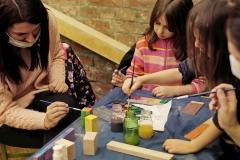 Dedina-garaza-na-novoj-adresi-sa-starom-kreativnoscu-dece-i-roditelja-8