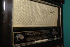 1_radio-1
