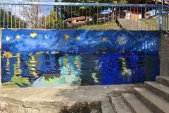 Novi-izgled-keja-na-Vlasini-mural-posvećen-Van-Gogu-putokazi-i-klupice-za-meštane-11