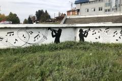 Novi-izgled-keja-na-Vlasini-mural-posvećen-Van-Gogu-putokazi-i-klupice-za-meštane-5