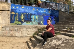 Novi-izgled-keja-na-Vlasini-mural-posvećen-Van-Gogu-putokazi-i-klupice-za-meštane-6