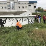 Novi izgled keja na Vlasini – mural posvećen Van Gogu, putokazi i klupice za meštane